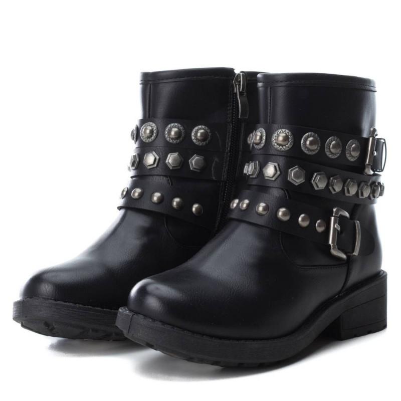 Δερμάτινες μπότες για κορίτσια με διακοσμητικές ζώνες  3054